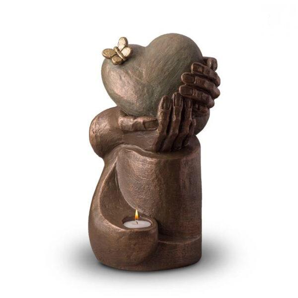 Keramikurne-Herz