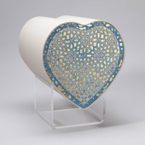design-herzurne-ornament-blau-schlagmetall-blau