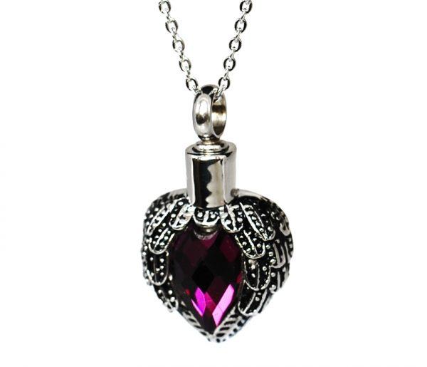 Anhänger Herz welches einen violetten Stein umfasst